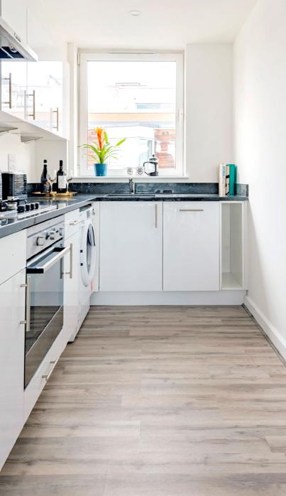 Co-living Camden Town fully equipped kitchens.